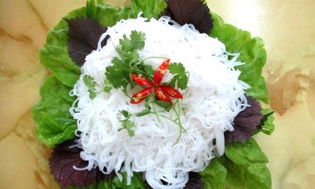 Sợi bún làm từ gạo nở 504 của gạo sạch Sông Hậu