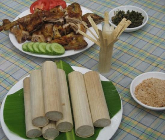 Cơm lam, món ăn đậm chất rừng, được chế biền công phu
